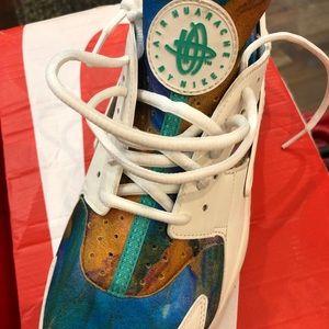 Shoes - Nike Hurrache